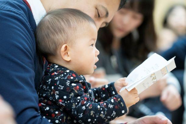 赤ちゃんも真剣に聴いてくれます(もちろん泣いてもOKです)