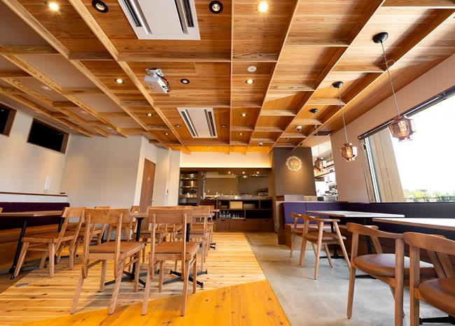 阪急洛西口カフェ&ダイニング巣箱