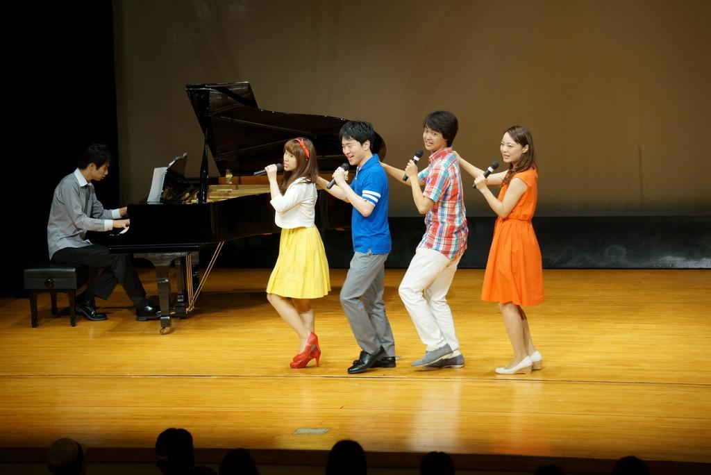 2016年8月に開催したミュージカルハイライトのお写真です。