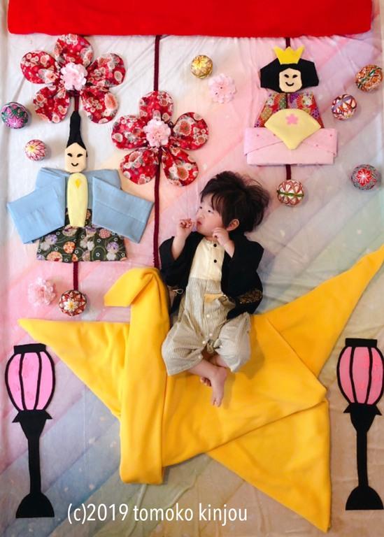 『折り紙吊るし雛~幸せの黄色い折り鶴に乗って~』きんじょうともこ作品