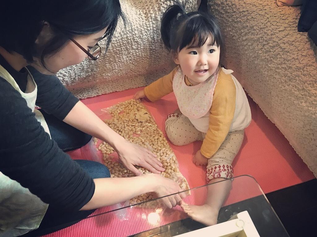 大豆をつぶして作る味噌はお子様の記憶にも残ります