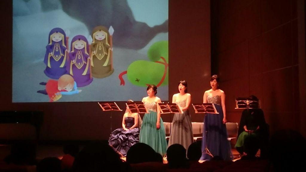 前回公演時の様子です(*^^*) スクリーンの可愛い映像に大注目の公演です♪