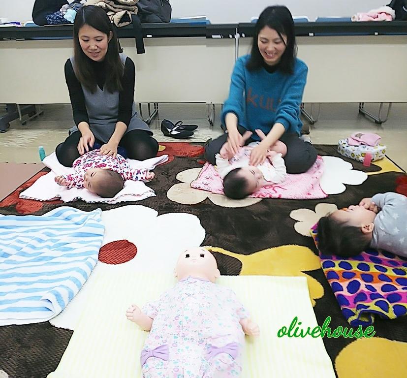 2ヶ月から1歳すぎの赤ちゃんも参加しています