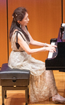 ピアノ :児島 恵